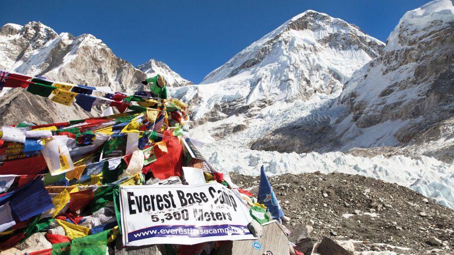 Un Everest de plus en plus touristique
