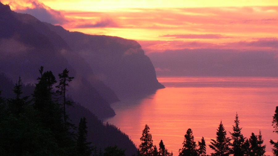 5 randonnées incontournables au Saguenay–Lac-Saint-Jean