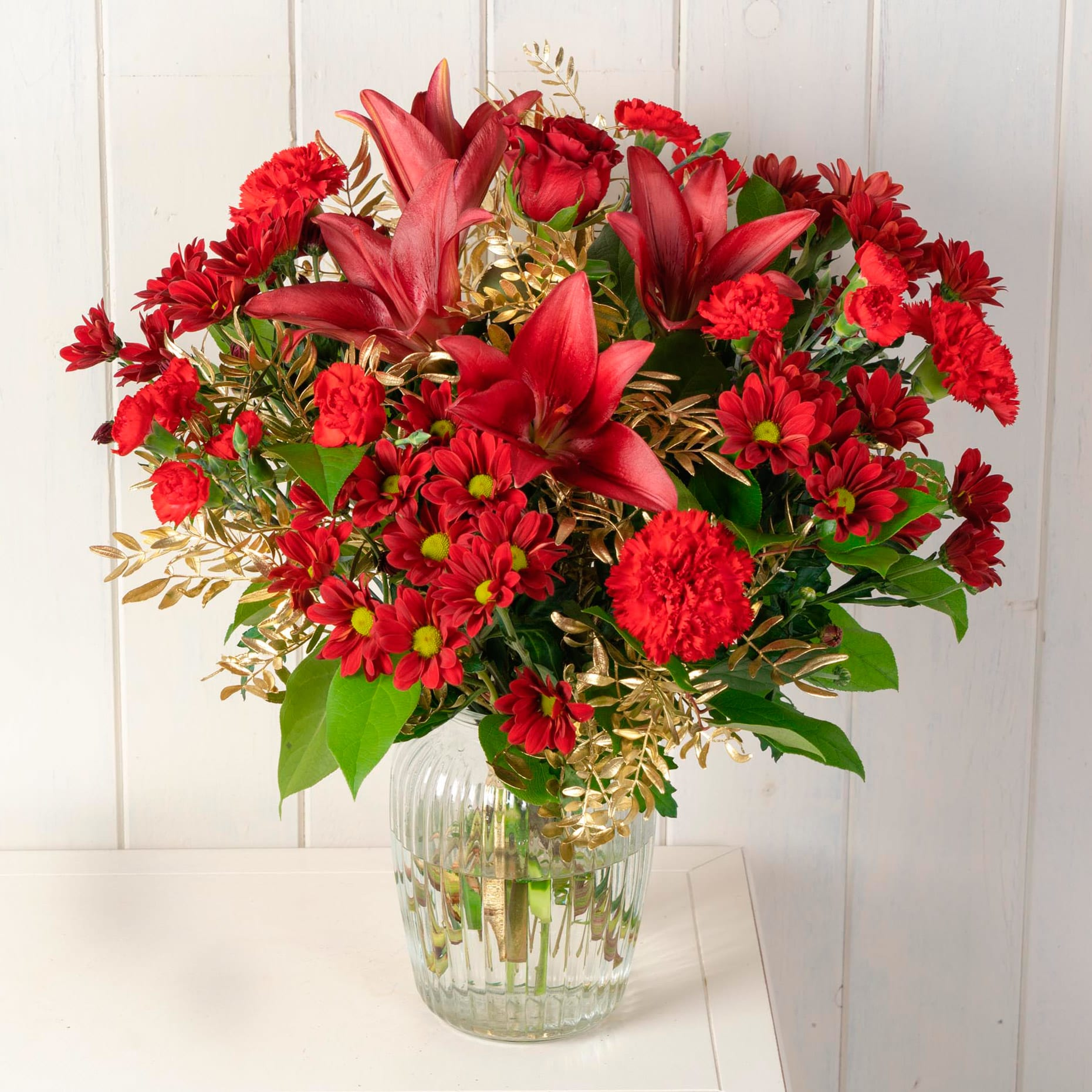 Red Mistletoe Christmas Bouquet