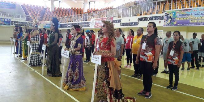 Waria Jayapura Gelar Turnamen Volley Rojali 2019