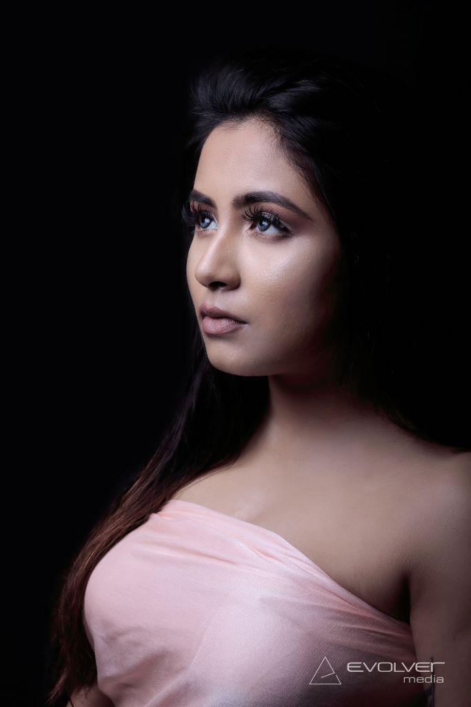 Evolver Media, India. mg_0009_uykyvq Beauty and Portraits