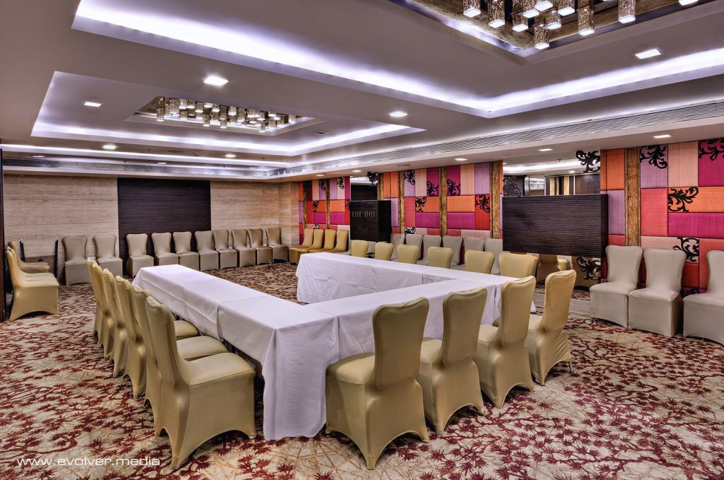 Evolver Media, India. Evolver-media-pune-interior-hotel-restautant-photography-call9890035081_33_afg9yp_wvl0y8 Hotel & Restaurant Photography