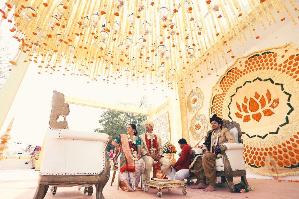 Evolver Media, India. evolver-media-pune-indian-wedding-photography-Cinematic_22-_inix9m Wedding Photography India