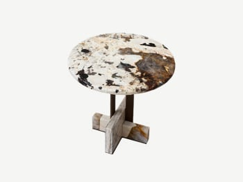 Marble side table with rounded top, metal legs and two marble blocks as a base.
