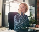 7 Office Exercises That Won't Make You Look Like a Weirdo