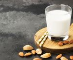 Oat, Almond or Cow? How to Pick the Perfect Milk
