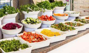 5 Tips for Navigating a Buffet