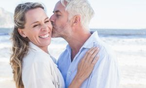 3 Tips to Ease Menopause Symptoms