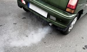 Idling Cars Threaten Schoolchildren's Air Quality