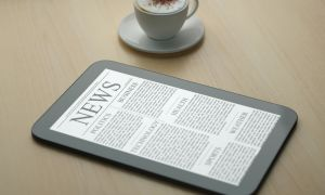 E-Readers Easier for Patients With Low Vision