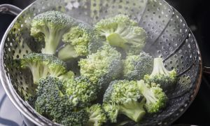Steamed Veggies or Raw Veggies for Healthy Cholesterol?