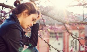 Why Does Springtime Make Some People Depressed?