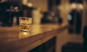 Do You Have a Binge Eating or Drinking Problem?