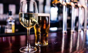 Excessive Alcohol Use Responsible for 88,000 US Deaths—Here's How to Cut Back