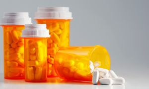 6 Drug Options for Crohn's Disease