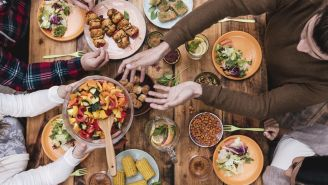 Diet Tips: Curb Overeating with This Mealtime Trick