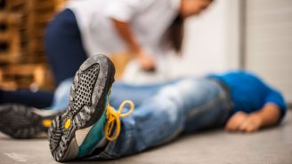Stop the Bleed, Pack a Wound and More: How to Help After an Act of Violence