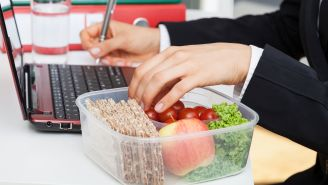 Simple Ways to Eat Healthy When You're Busy
