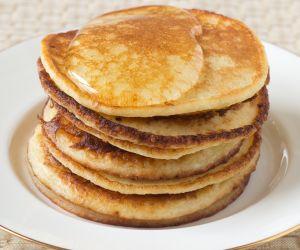 Maple, Walnut and Flaxseed Pancakes Recipe