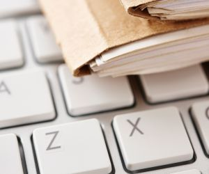 Tips for Organizing Cancer-Related Paperwork