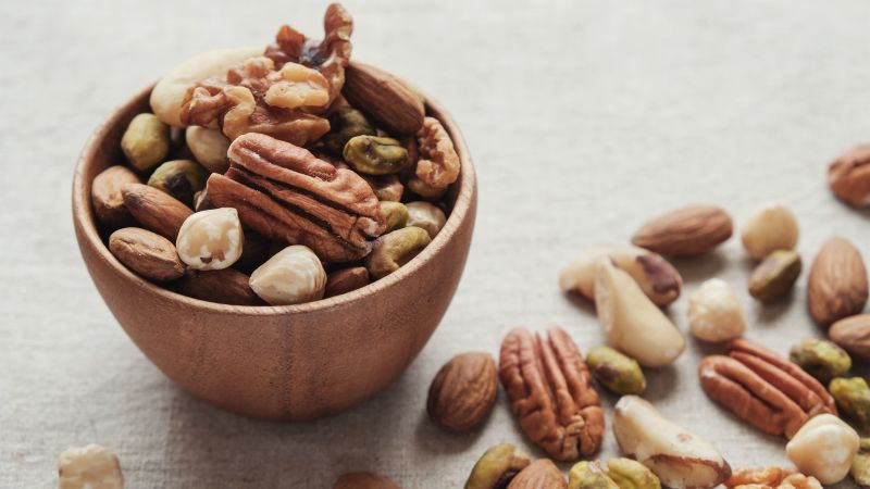 Why Expecting Mothers Should Eat More Nuts