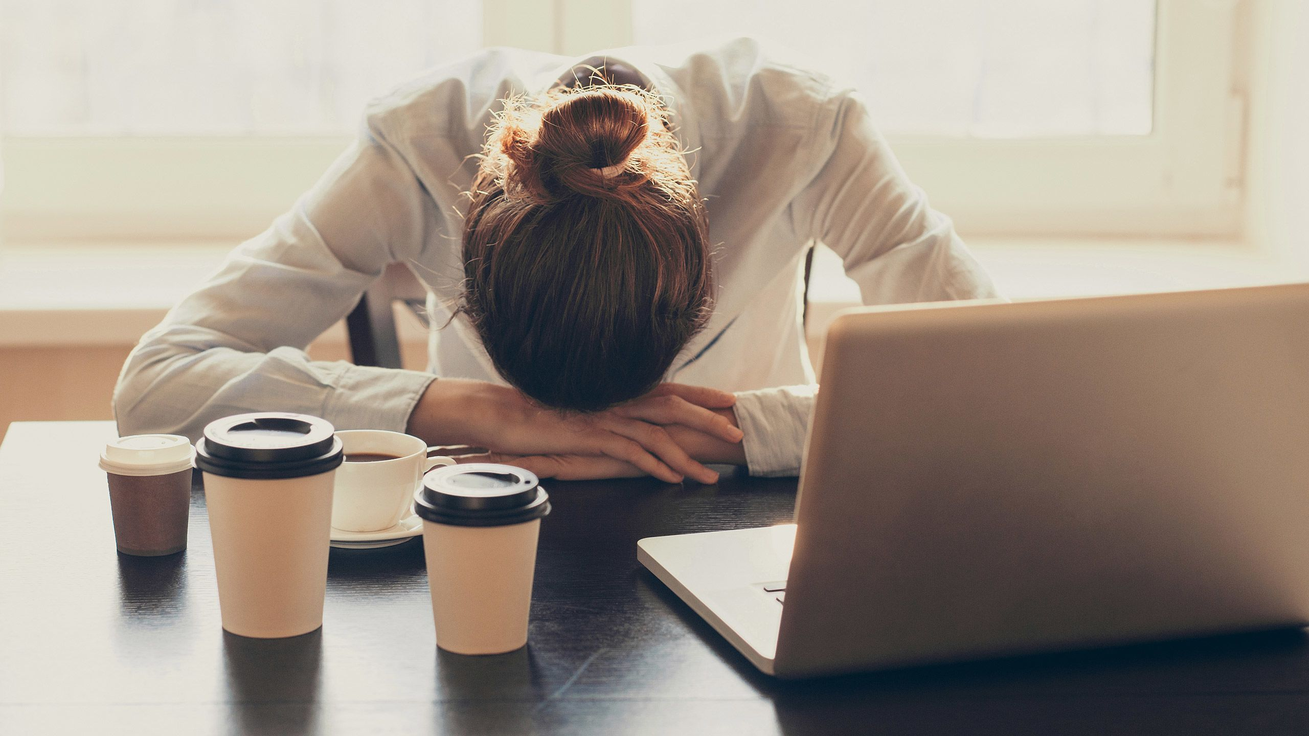 6 Foods That Fight Mid-Afternoon Fatigue