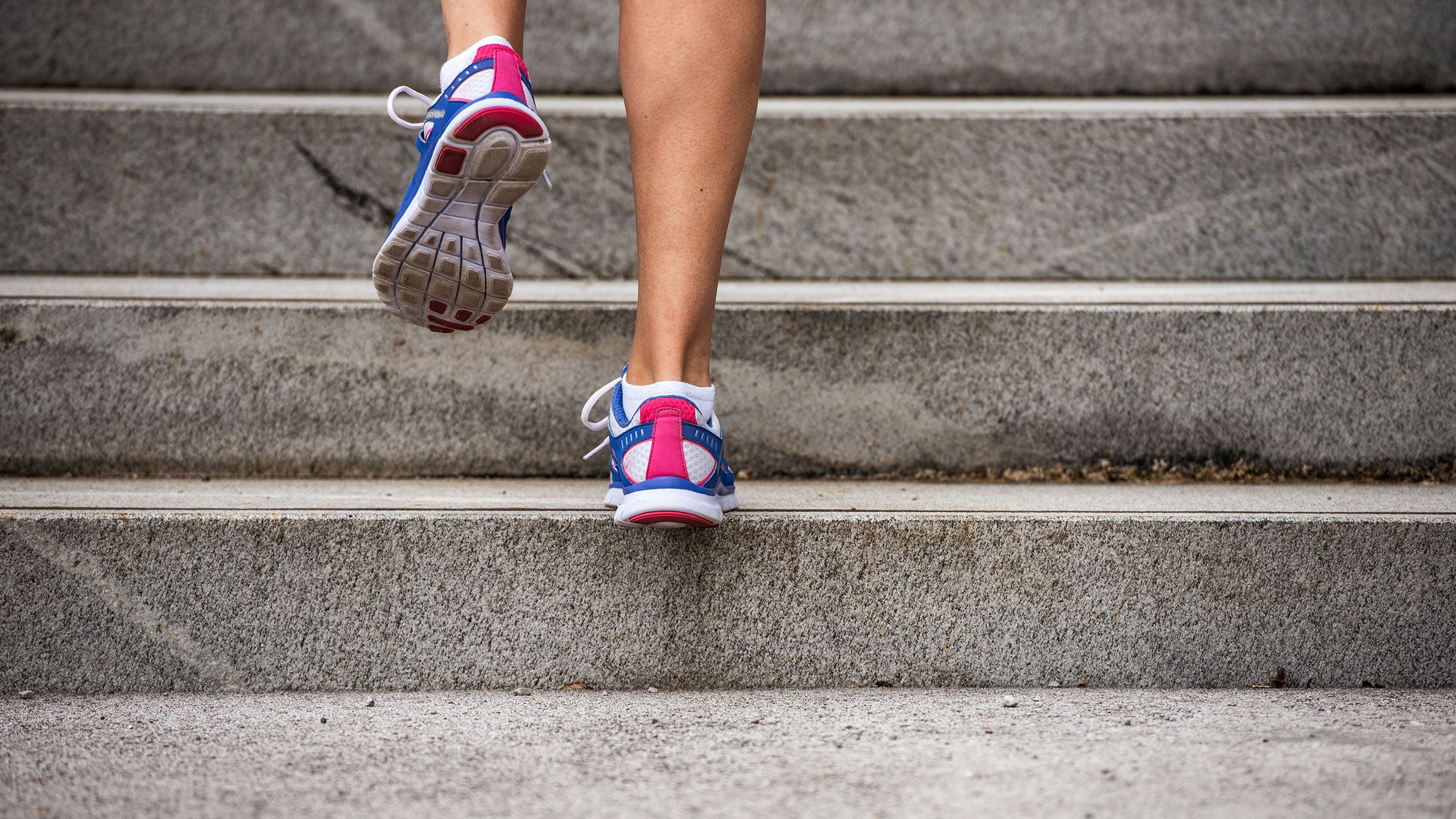6 Easy Exercises for Knee Pain Relief