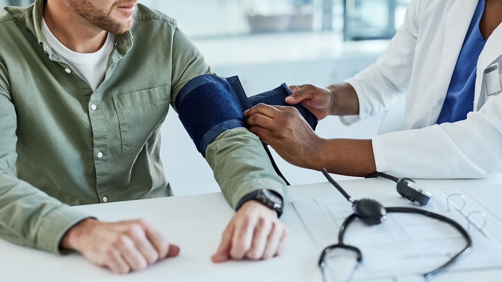 7 Ways to Manage High Blood Pressure