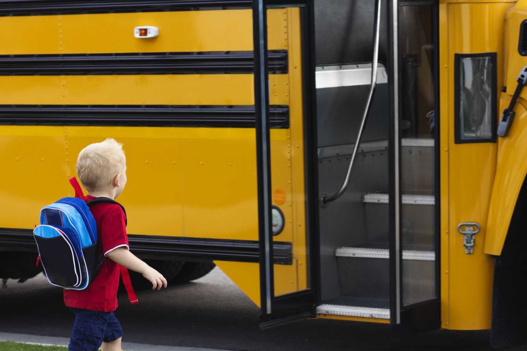 How to Help Your Kid Cope With Back to School Anxiety