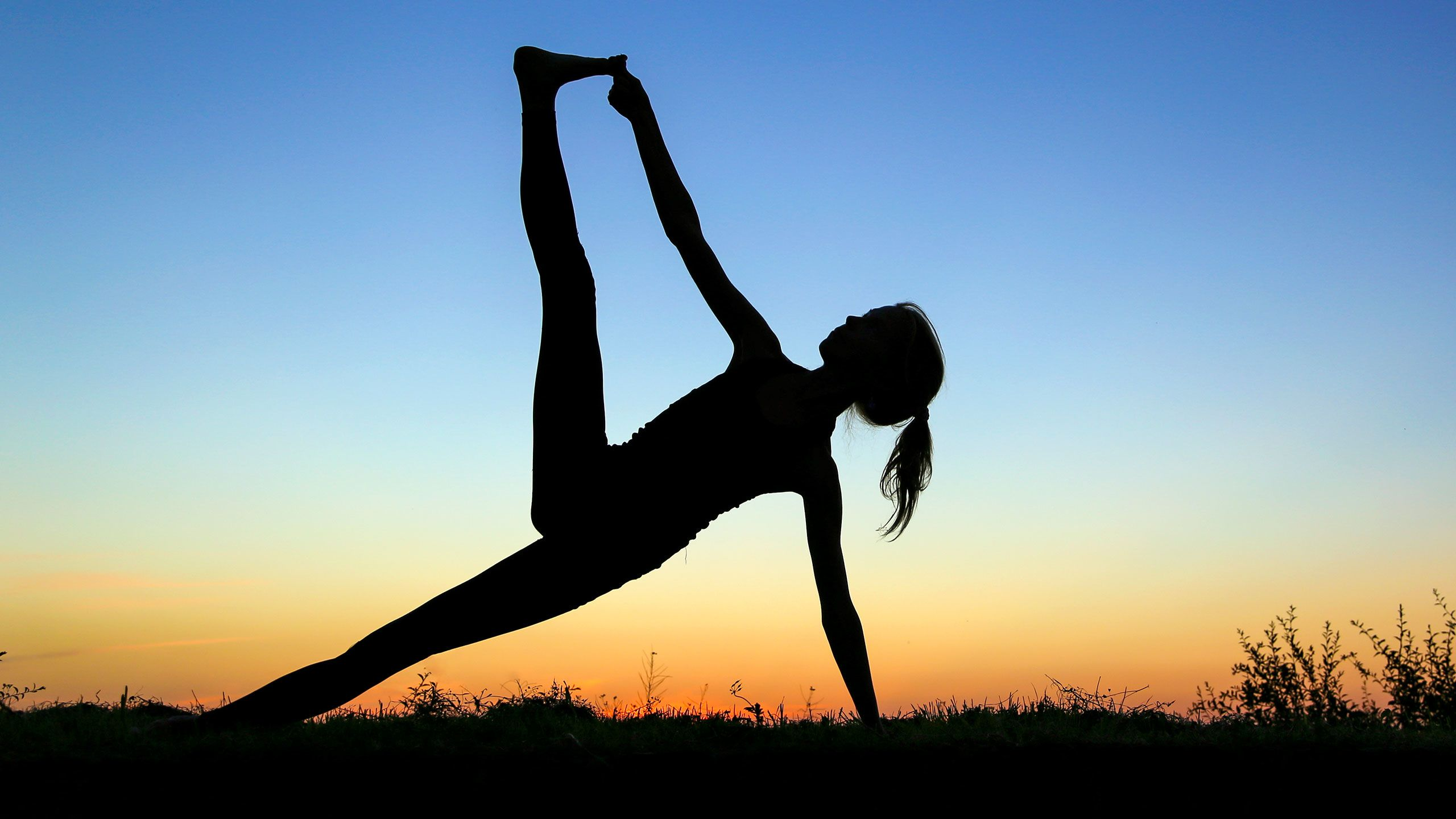 8 Yoga Poses for Strong, Sexy Legs