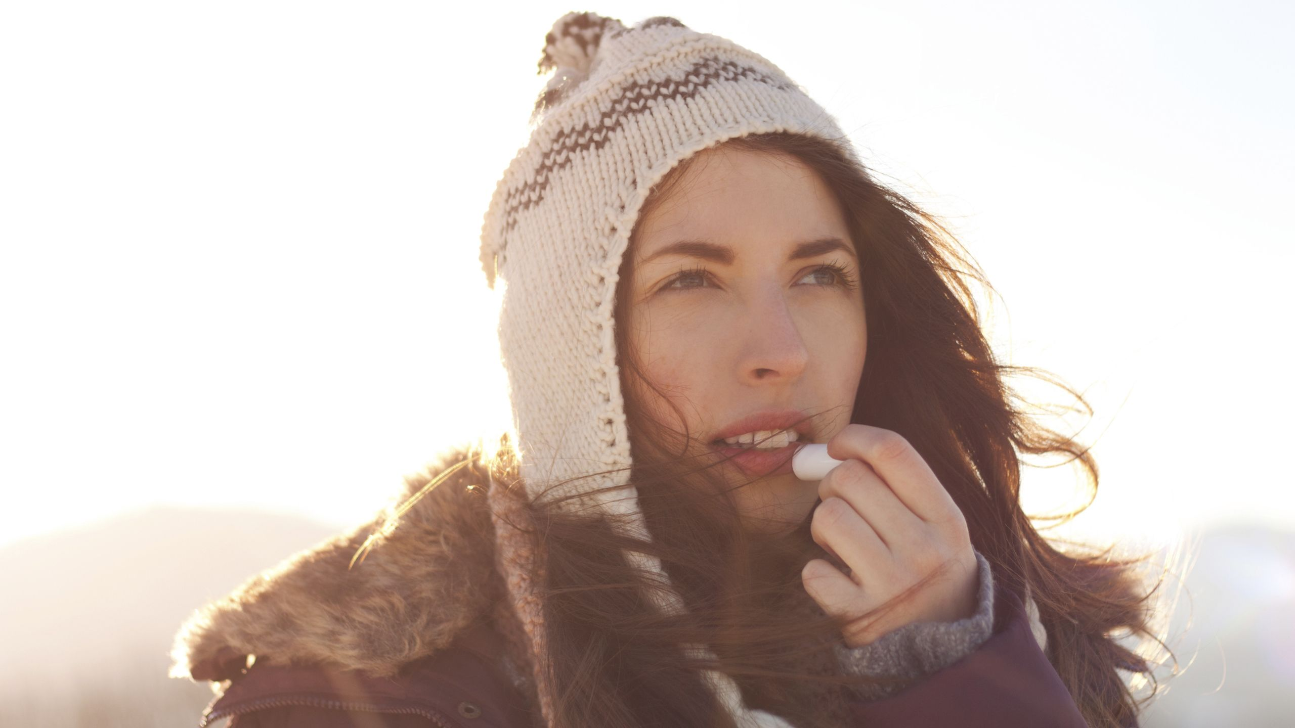 6 Ways to Keep Your Skin Hydrated This Winter