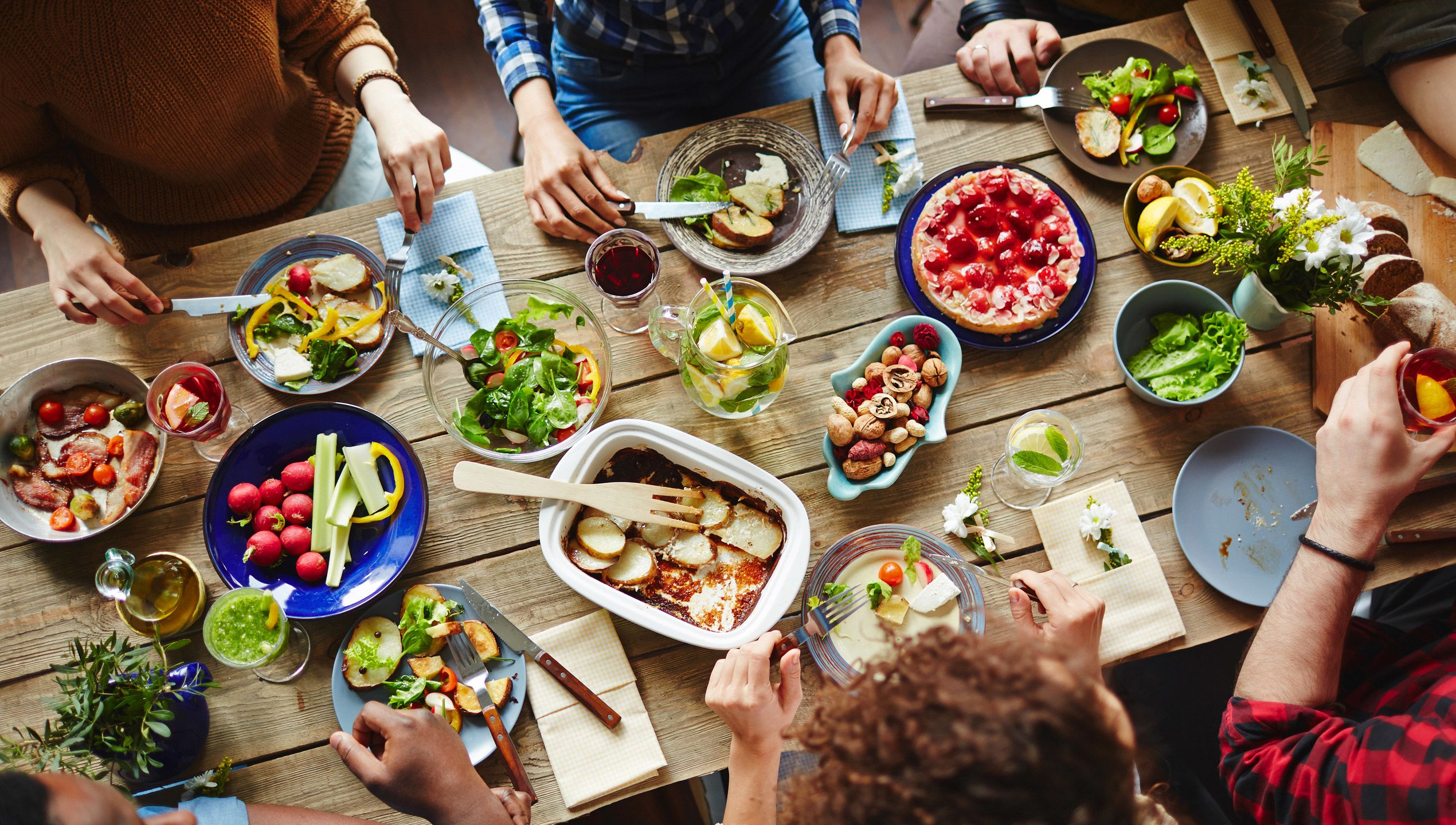 7 Surprising Secrets of Healthy Eaters