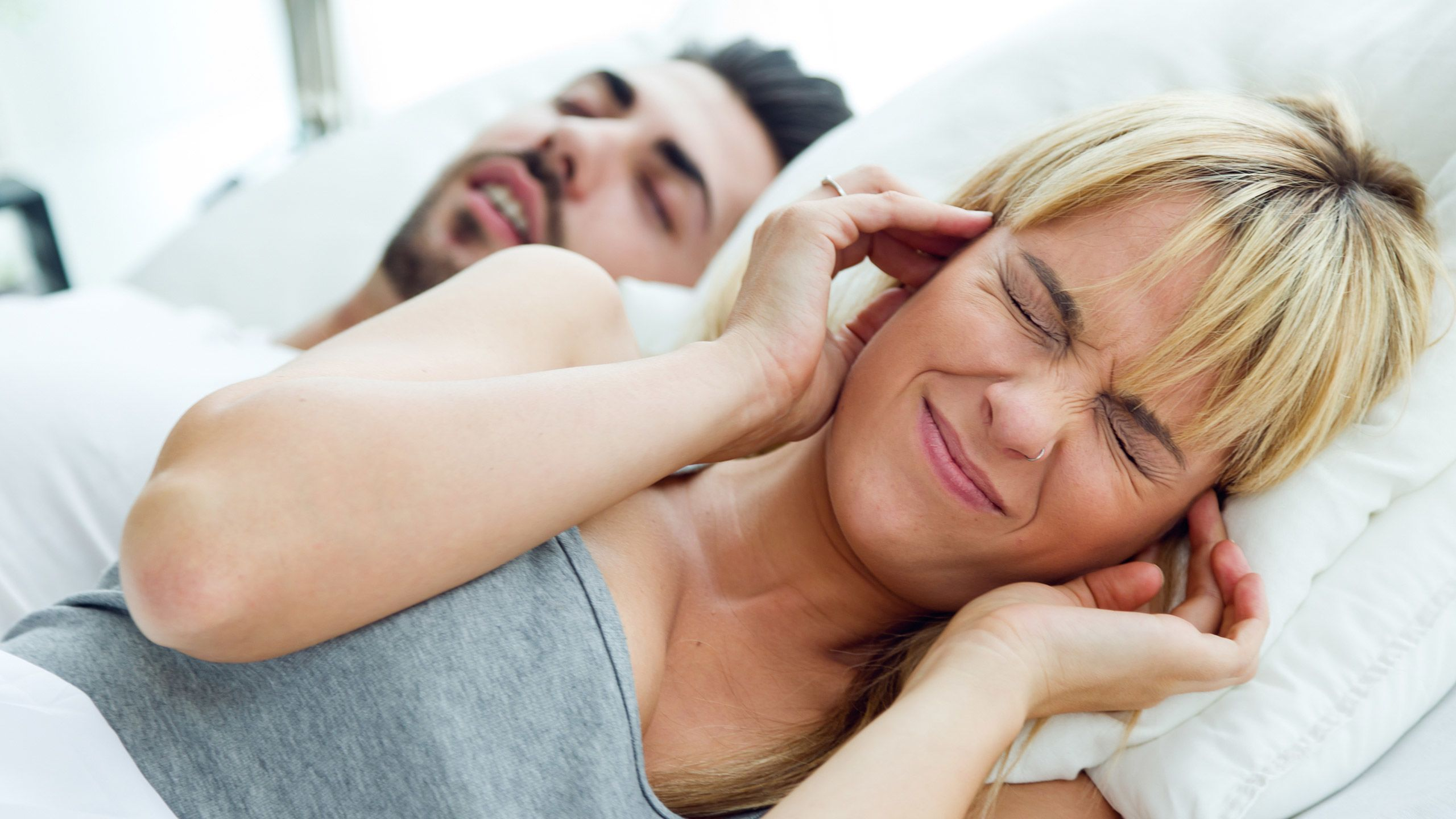 6 Simple Tricks to Help You Stop Snoring Tonight