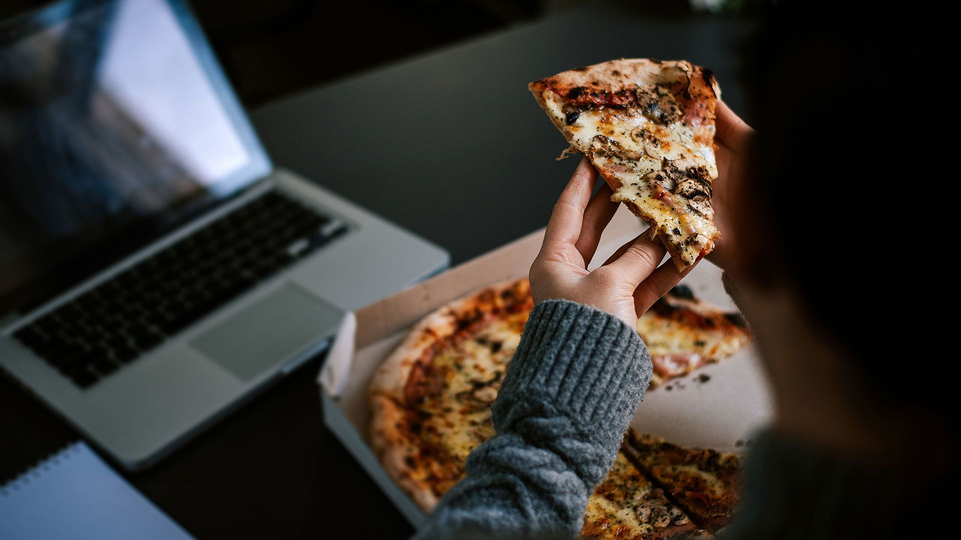 6 Ways to Curb Your Late-Night Cravings