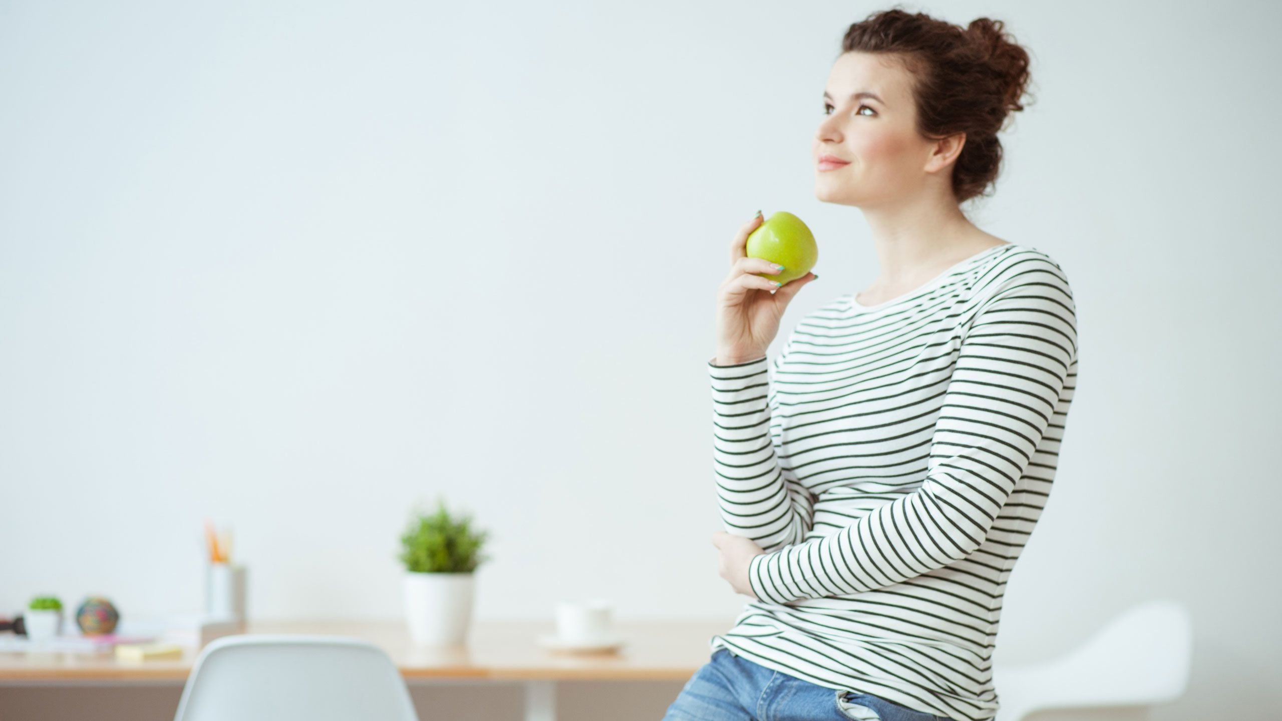 Eat Mindfully in 5 Simple Steps