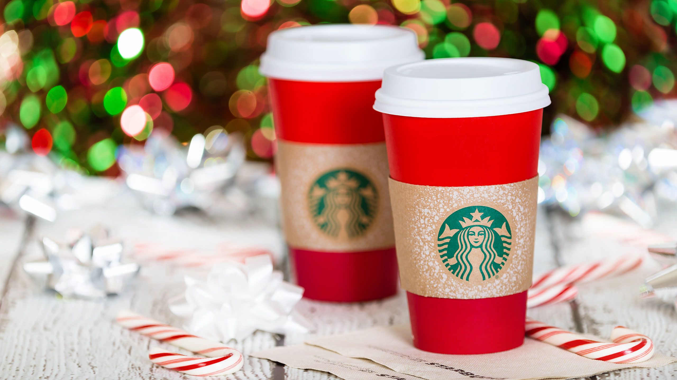 5 Seasonal Starbucks Drinks Made Skinny