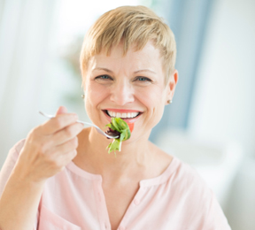 Low-Fat Diet May Help Some Women with Breast Cancer Live Longer