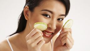 Cucumber: Summer Vegetable That Refreshes Your Skin