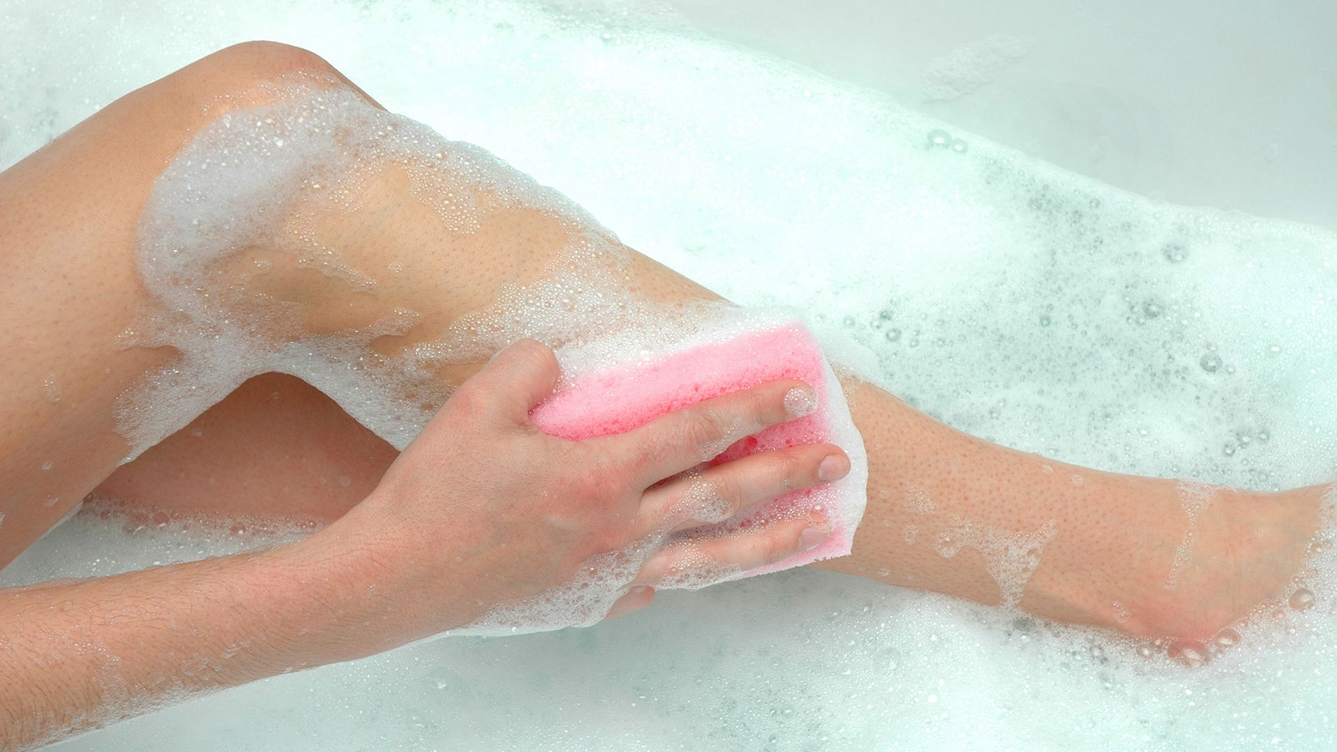 Help Prevent Psoriasis Flare-Ups With This Daily Routine