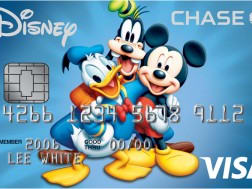 Earn a $200 Disney Gift Card with the Disney Rewards credit card!