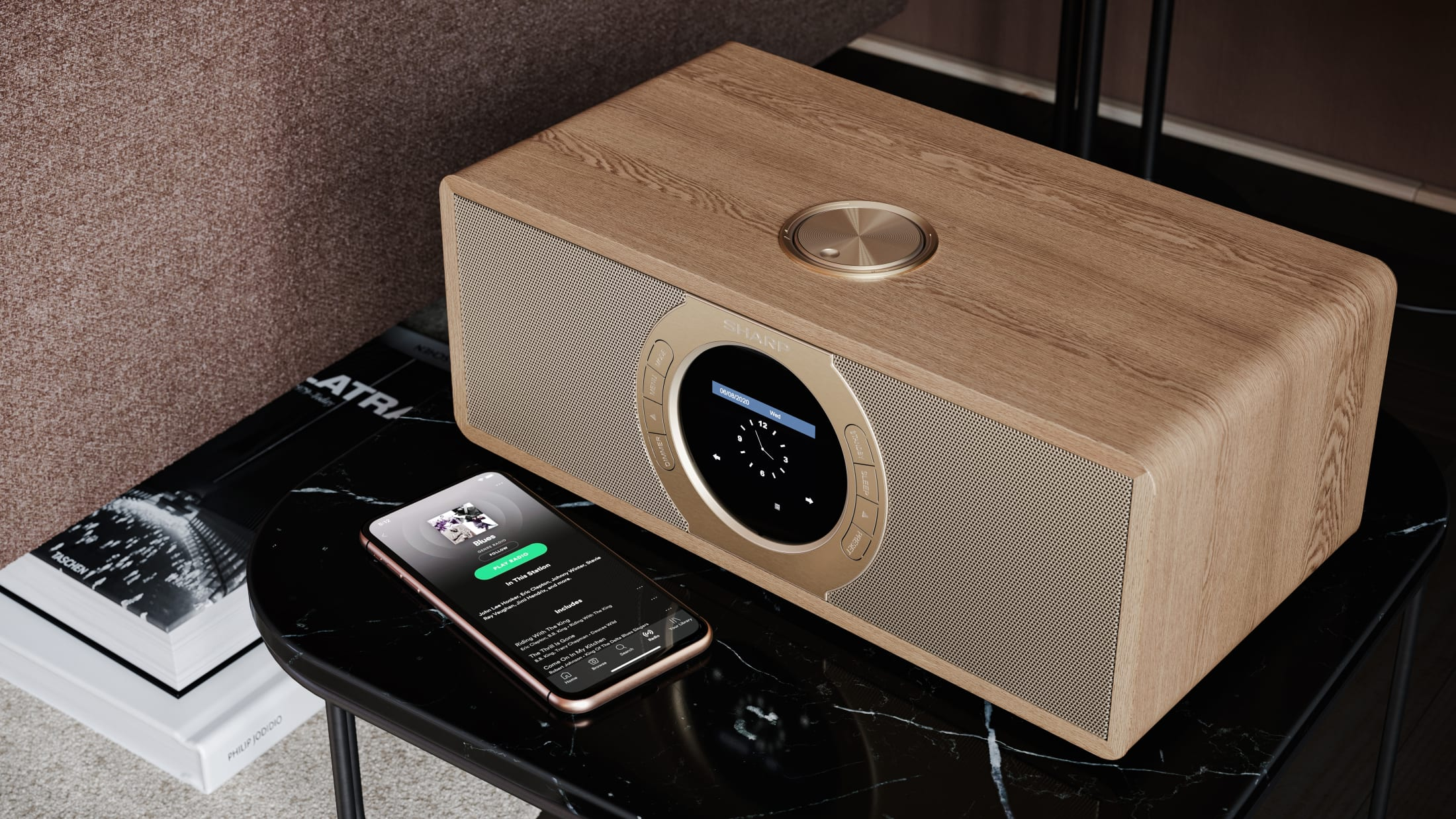 Stereo Internet-/Digitalradio DAB/DAB+/FM with RDS, 30 W, Spotify, Bluetooth and 60 station memory.