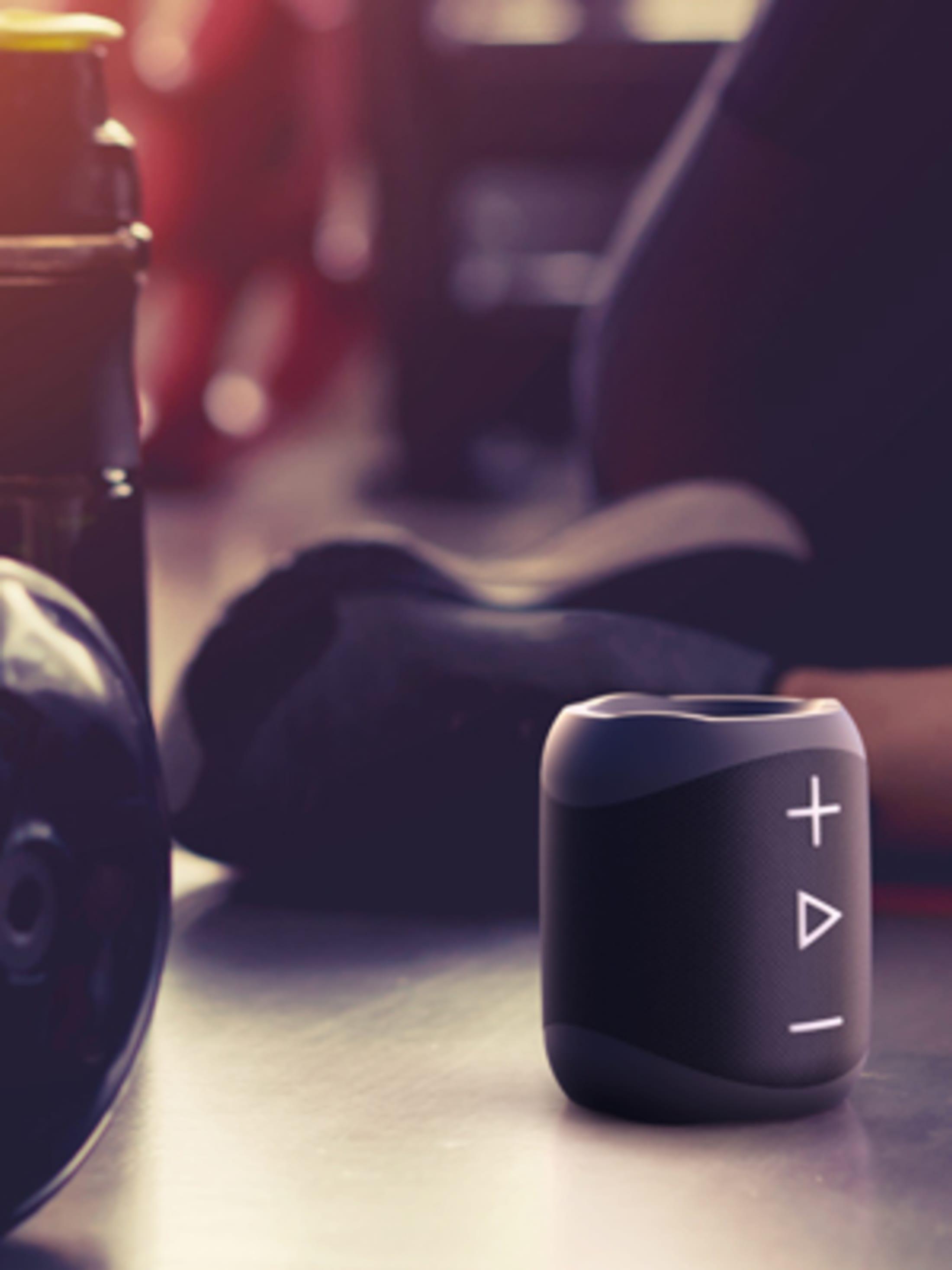 Przenośny bezprzewodowy głośnik stereo Bluetooth, 14 W, z bardzo dynamicznym zakresem dźwięku, 90 dB SPL, 10 godzin odtwarzania i klasa odporności IP 56.