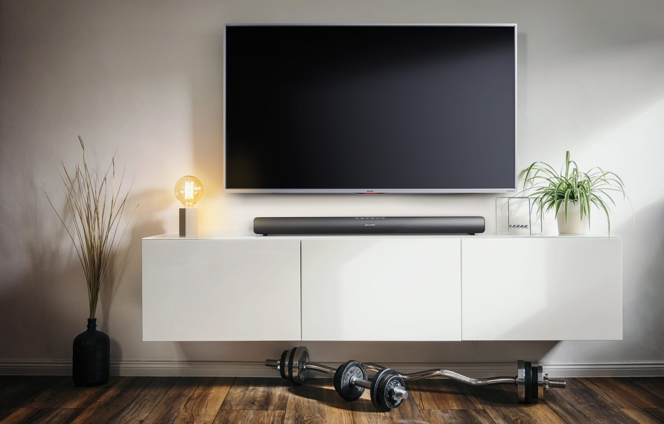 2.0 Slim Soundbar with 40 W and Bluetooth wireless music streaming. Suitable for 37 inch TV and above.