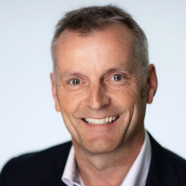 Peter Watts - profile photo