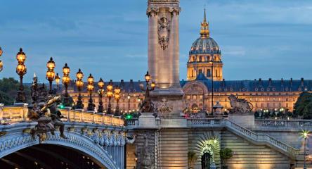 Paris, bridge over the Seine