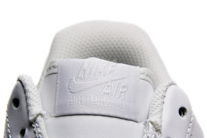 Nike nike air jordan 4 michigan blue book price on cars Low
