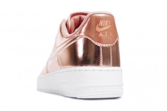 Nike WMNS Air Force 1 SP  - default