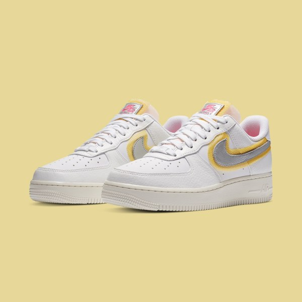 Nike WMNS Air Force 1 - White/Silver/Gold