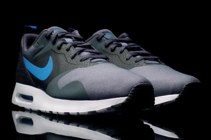 Nike Air Max Tavas Dark Grey - Game Royal