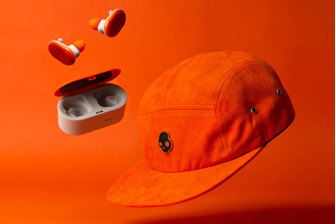 Skullcandy Push Wireless Earphones with 5-Panel Cap